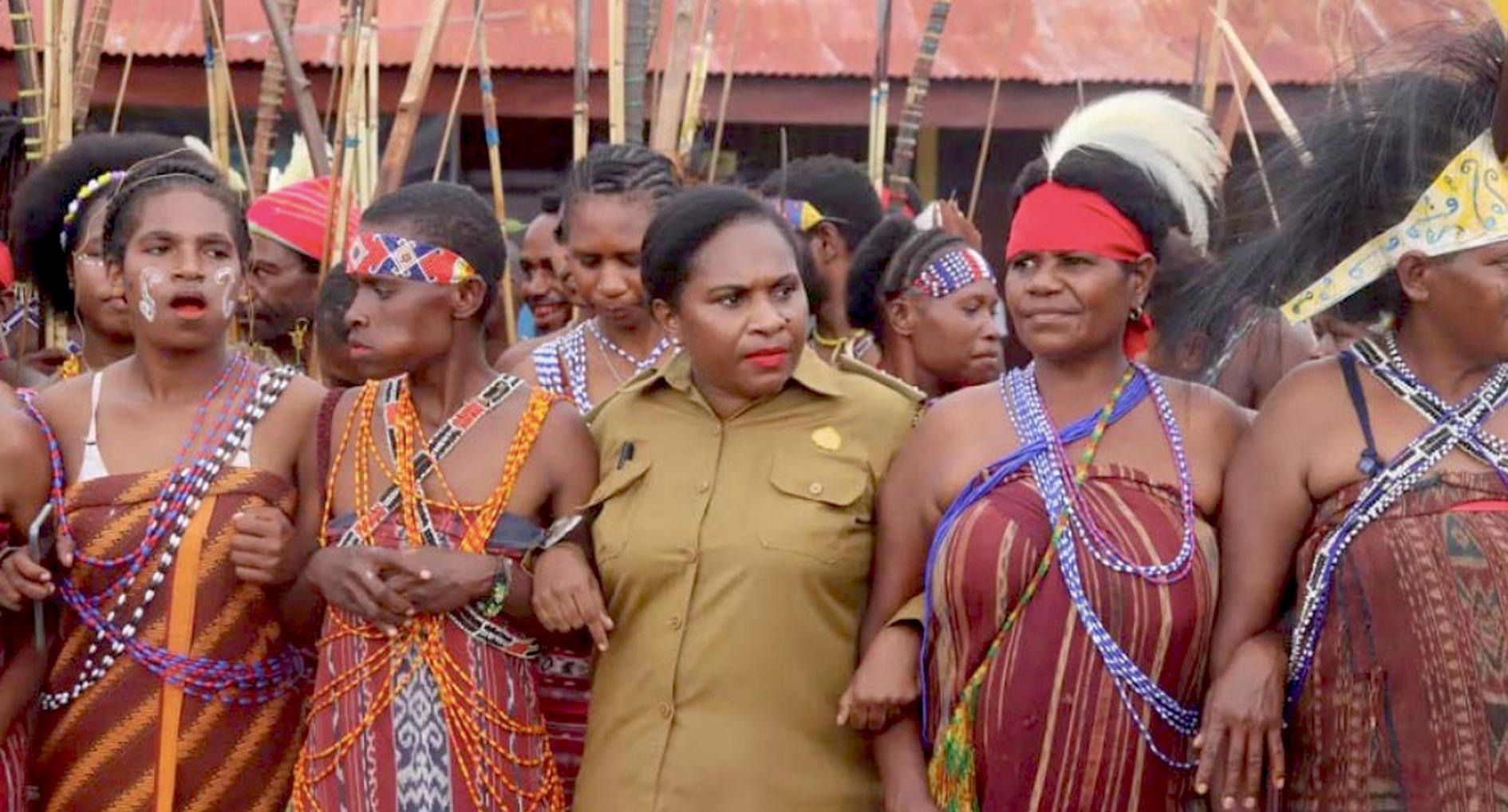 Gambar dari judul : Upaya Perempuan Adat Papua Jaga Hak Wilayah Mereka